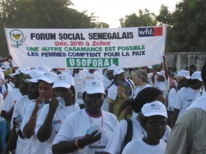 Women of USOFORAL at a march for peace in Senegal