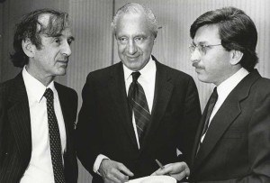 Phillips (center) with AJWS co-founder Lawrence Simon (right) in 1985
