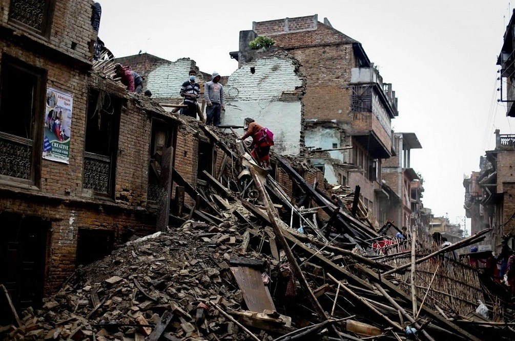 The aftermath of the earthquake in Bhaktapur, Kathmandu, Nepal. (Diego Azubel/EPA)